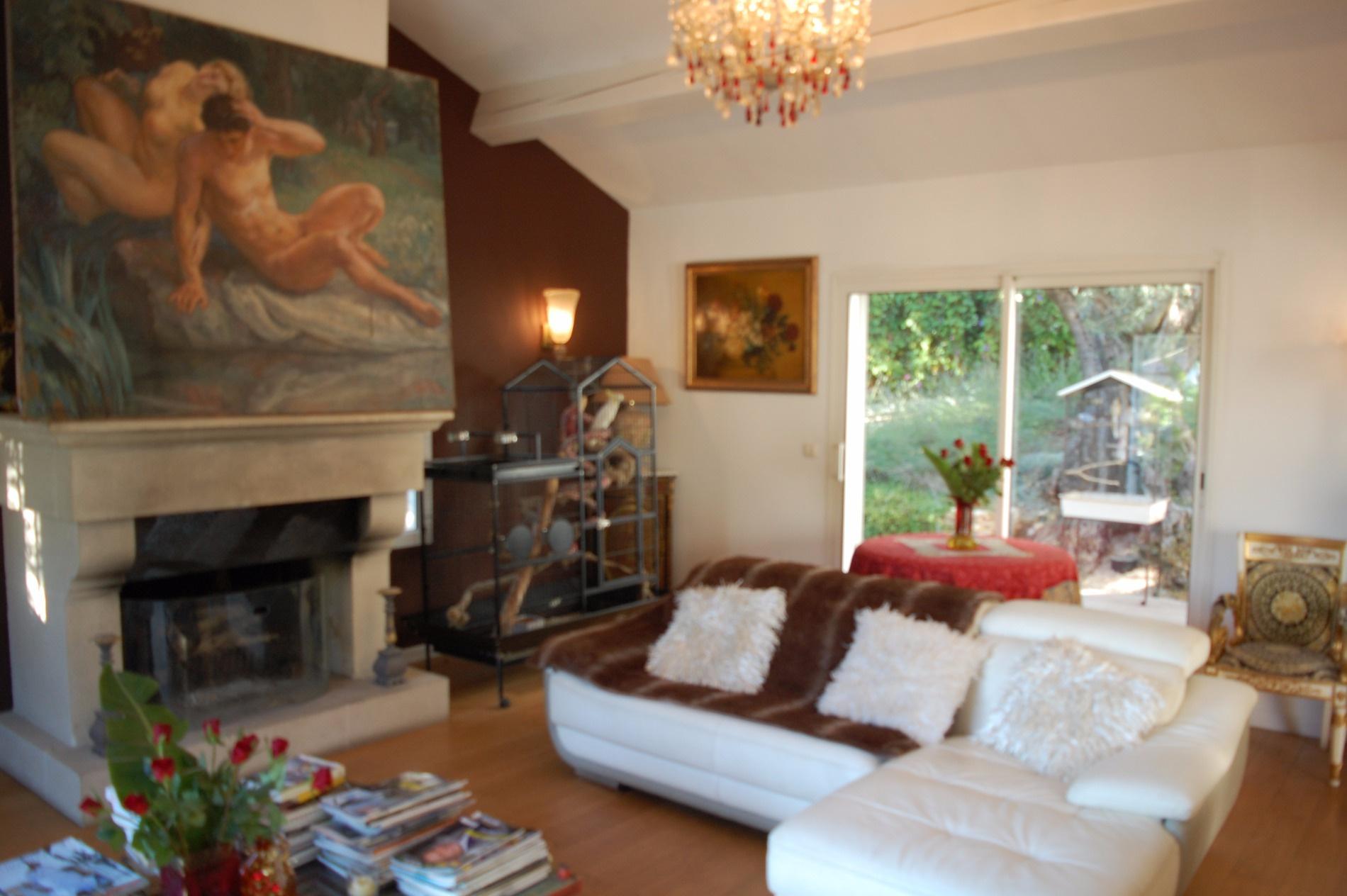 vente sanary sur mer maison environ 230 m 4 chambres possibilit 6. Black Bedroom Furniture Sets. Home Design Ideas
